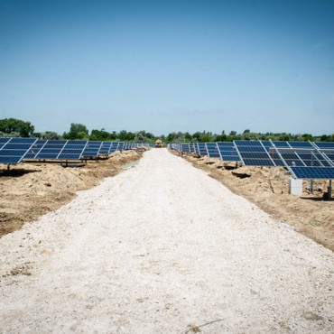 Visit to the construction site of one of Hungary's largest solar power plants